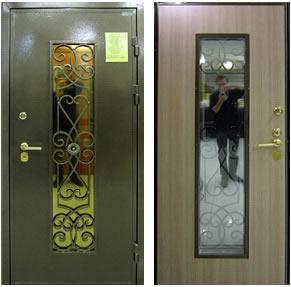 металлические двери с решеткой и стеклом